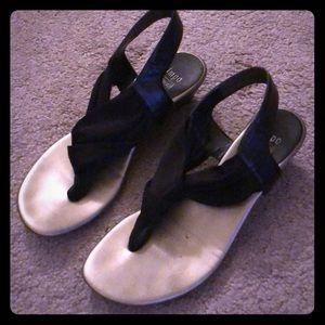 Impo stretch sandals